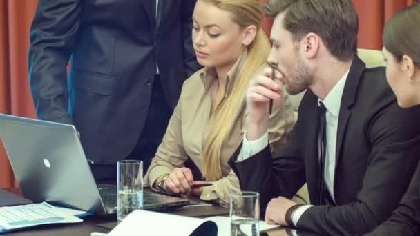 diskuse o výhodné smlouvy partnerů