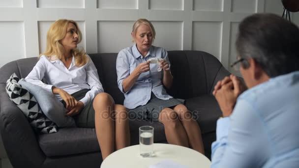 professzionális pszichológus beszél nők