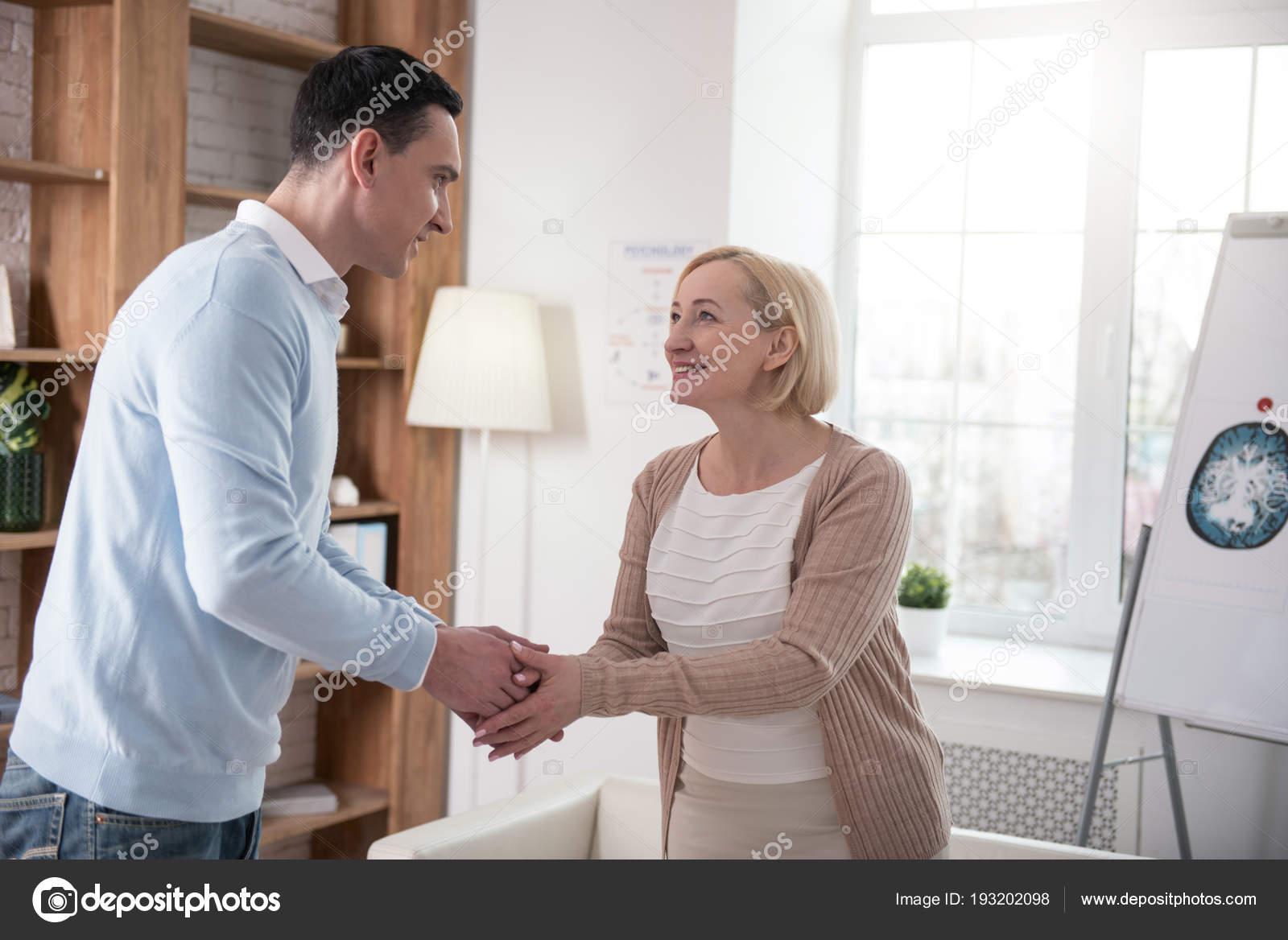 βοήθεια συμβουλών για γνωριμίες