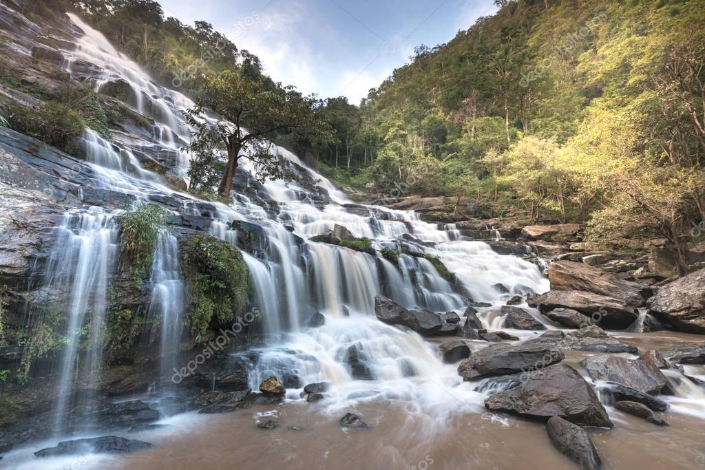 Waterfall :Mae Ya Waterfall