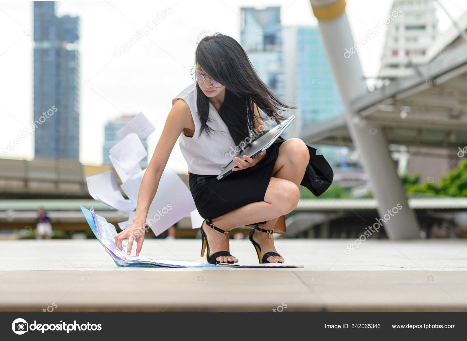Woman Busy Motion Rush Hours Drop