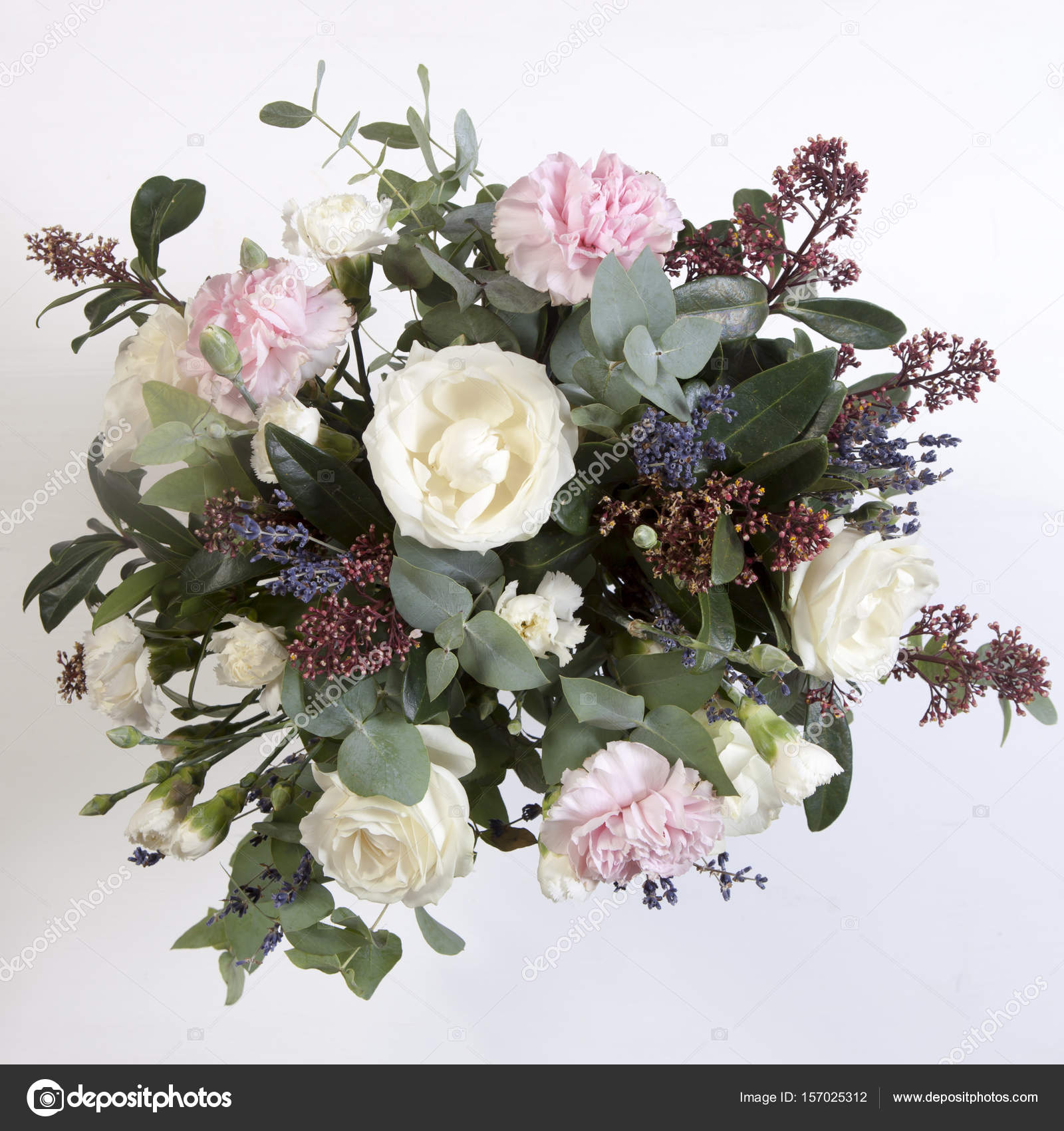 Der Brautstrauss Der Braut Aus Einer Rose Einer Rosa Nelke
