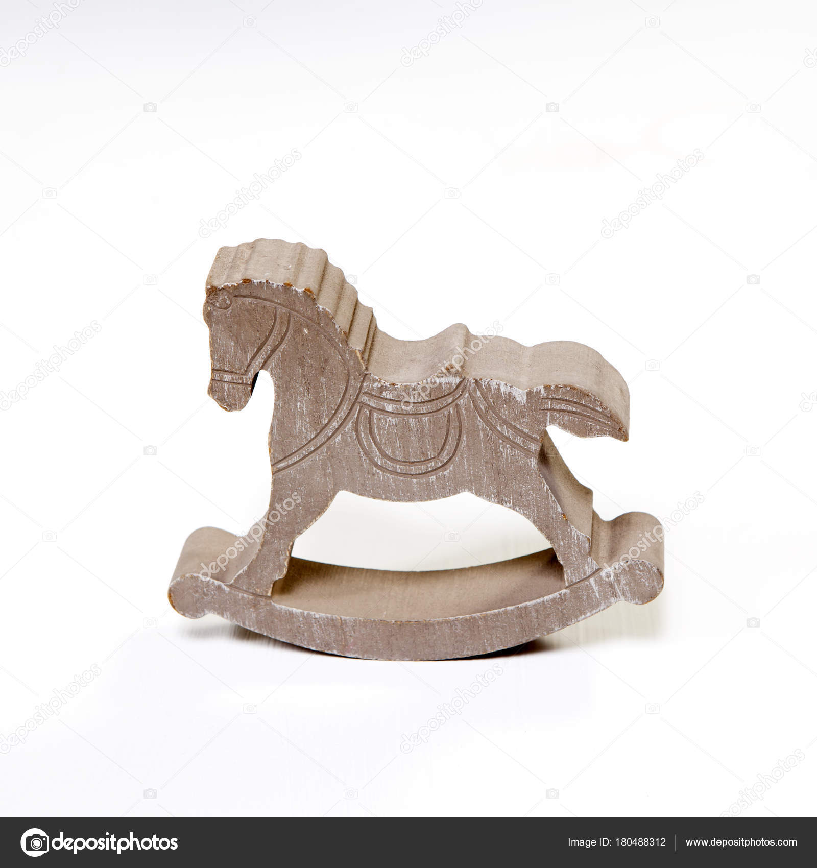 Cavallo A Dondolo Artigianale.Classico Cavallo A Dondolo In Legno Artigianale Su Sfondo