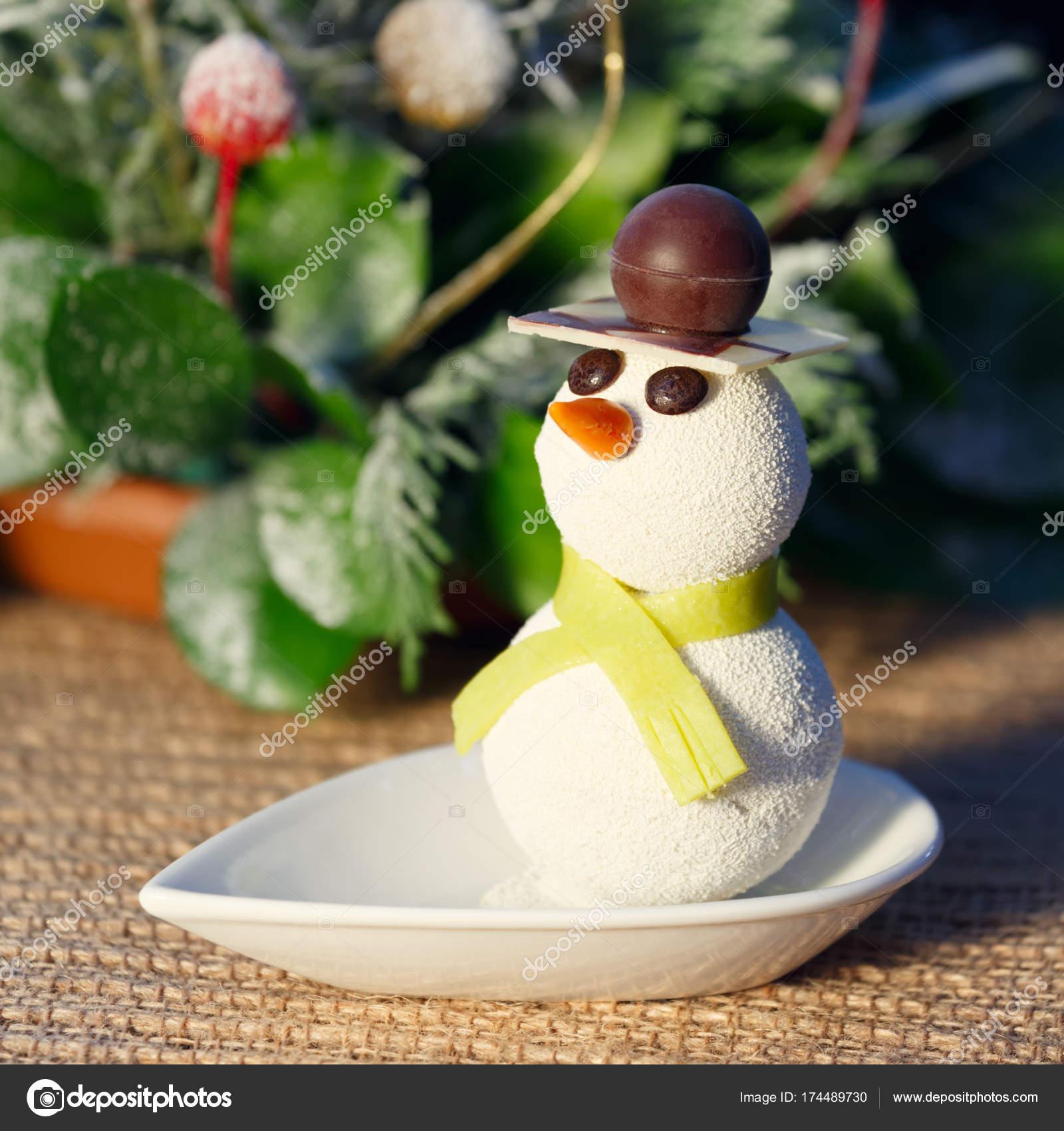 Schneemann Kuchen Mit Weihnachtsschmuck Kinder Lustige Desserts Und
