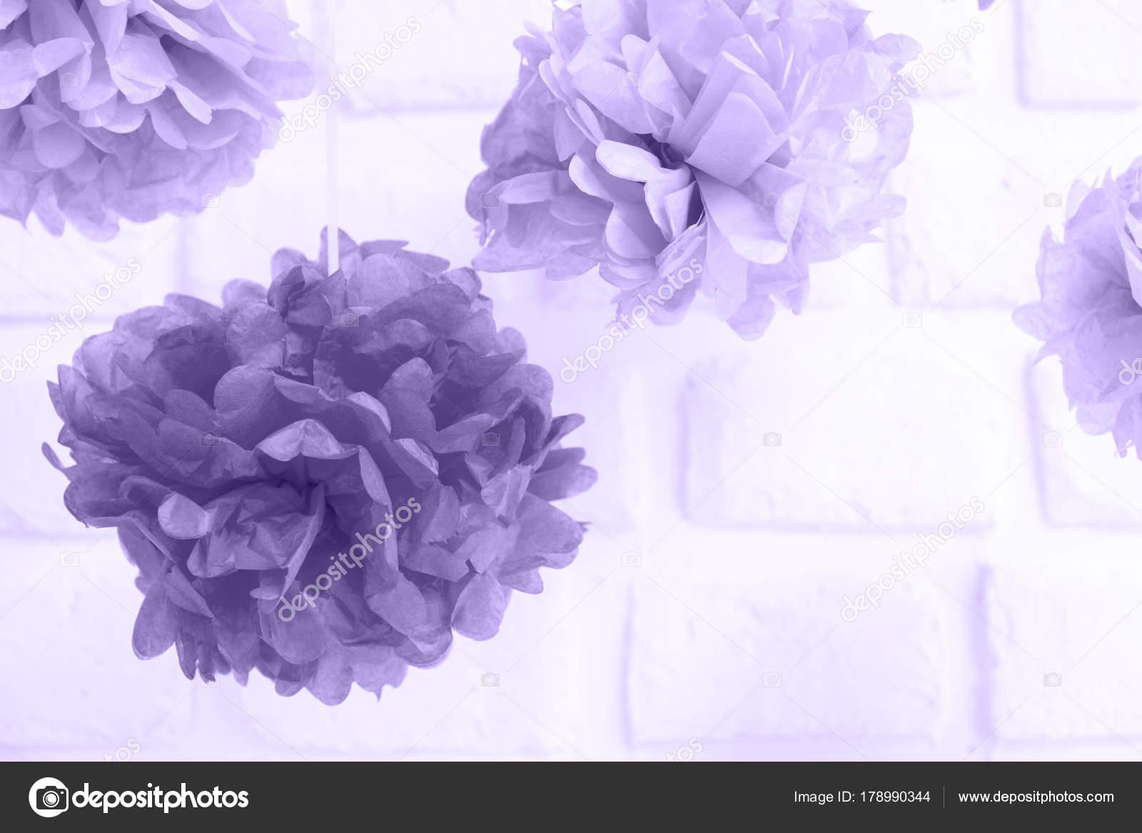 Fiesta de flores de papel en el baby shower. Decoración del partido ...