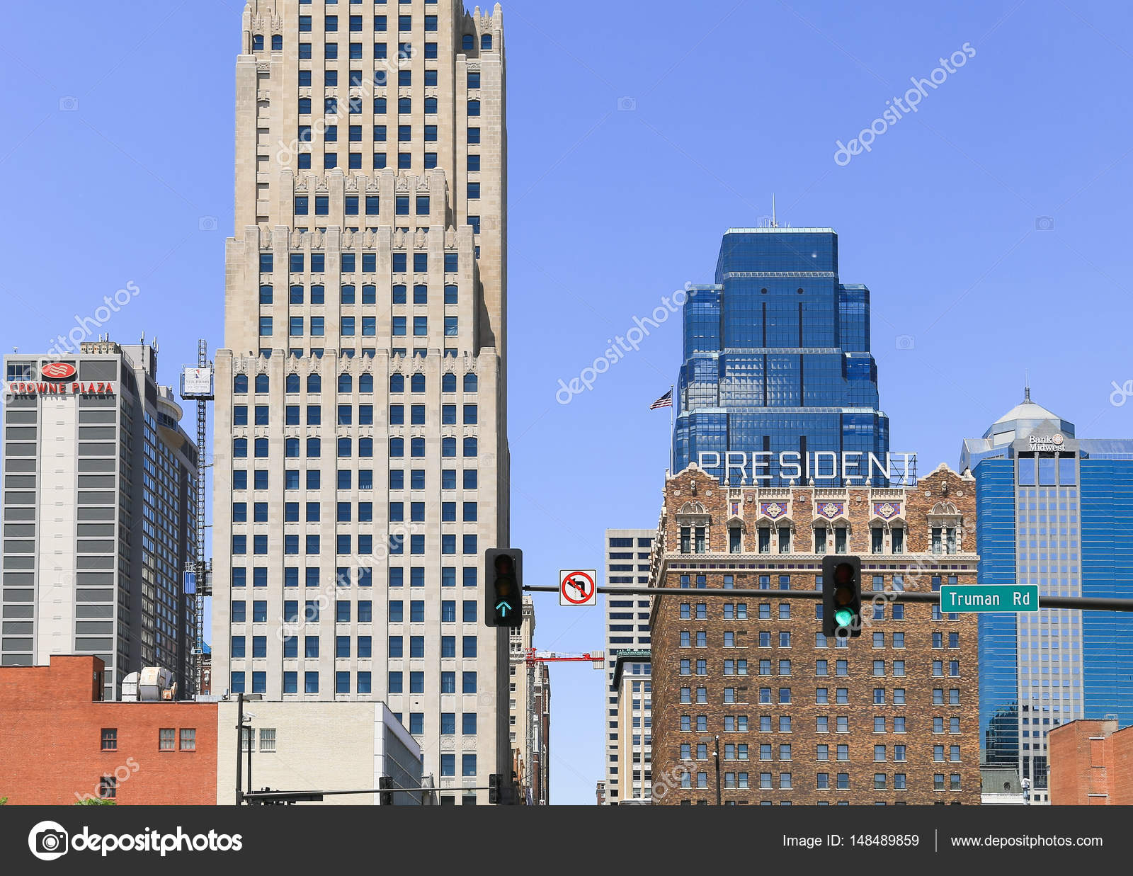 Kansas City Power And Light District U2014 Stock Photo