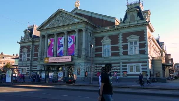 Neon billboard na budovu
