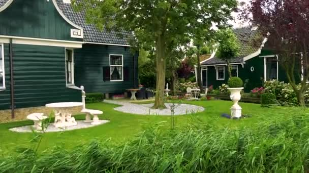 Tradičně rodinný dům s krásnou zahradou