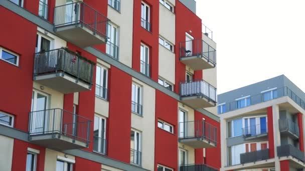 moderní high-vzestup blok bytů s