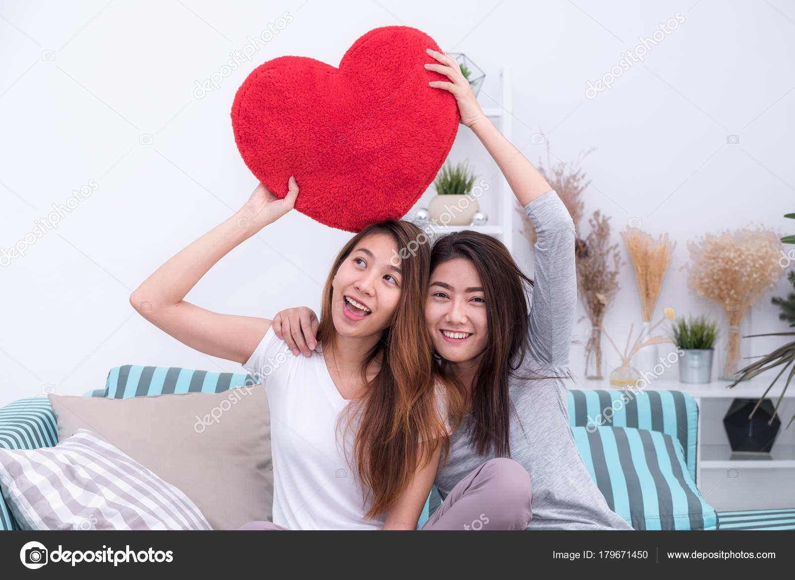 μαμά λεσβίες φωτογραφίες ινδανοδιόνης έφηβος σεξ com