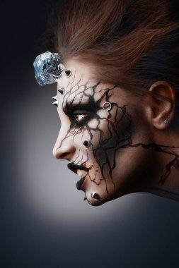 female halloween makeup