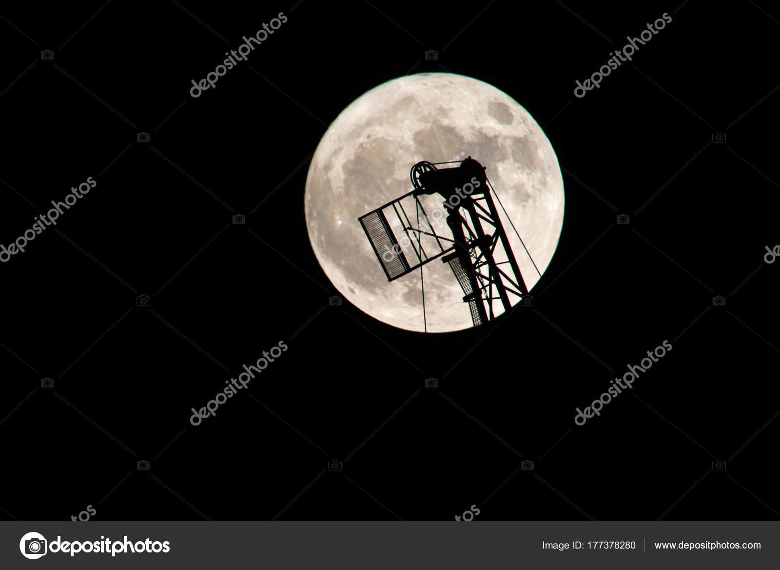 Скачать все песни луна расстояние из вконтакте и youtube, всего 40 mp3.