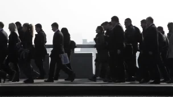 London rush hour silhouettes