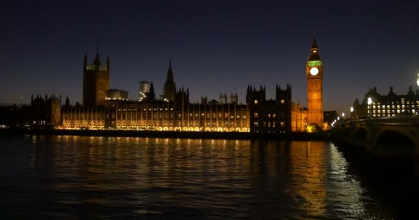 Big Ben, Houses of parlament, Westminster Bridge, Londýn, Anglie