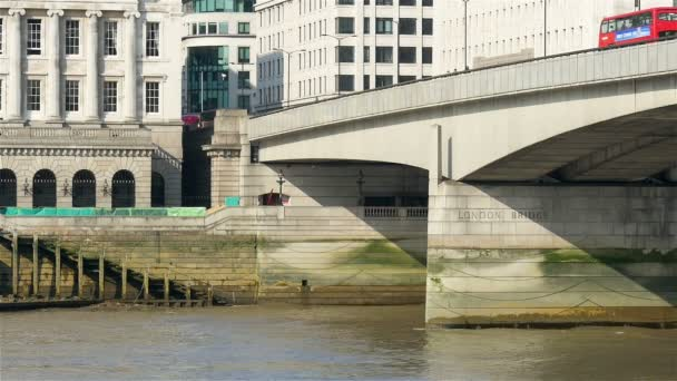 London Bridge und die Themse