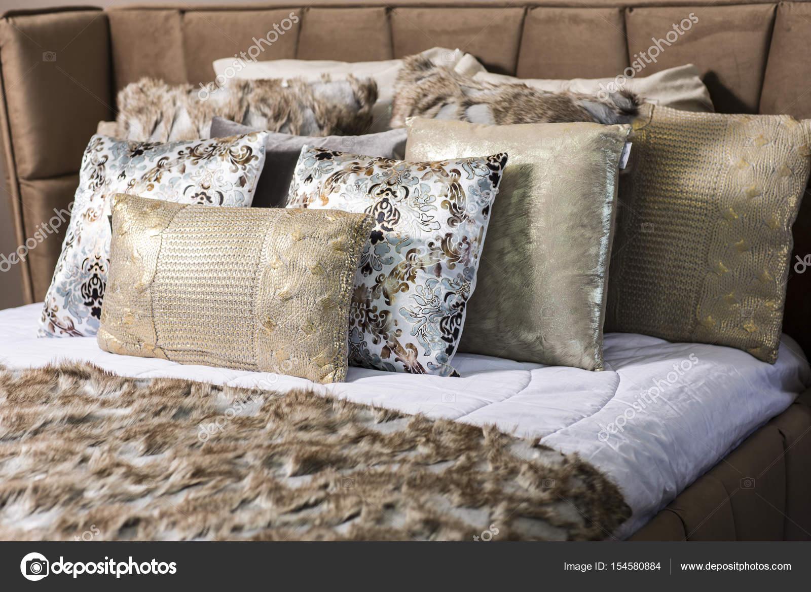 Pictures Decorative Pillows Elegant Luxury Decorative