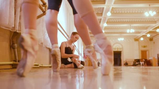 Balet zkouší v třídě balet