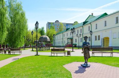 Complex of buildings of former Jesuit collegium (now - Polotsk State University), monument to Polotsk student, Belarus
