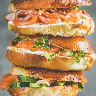 Stacked bagels with salmon