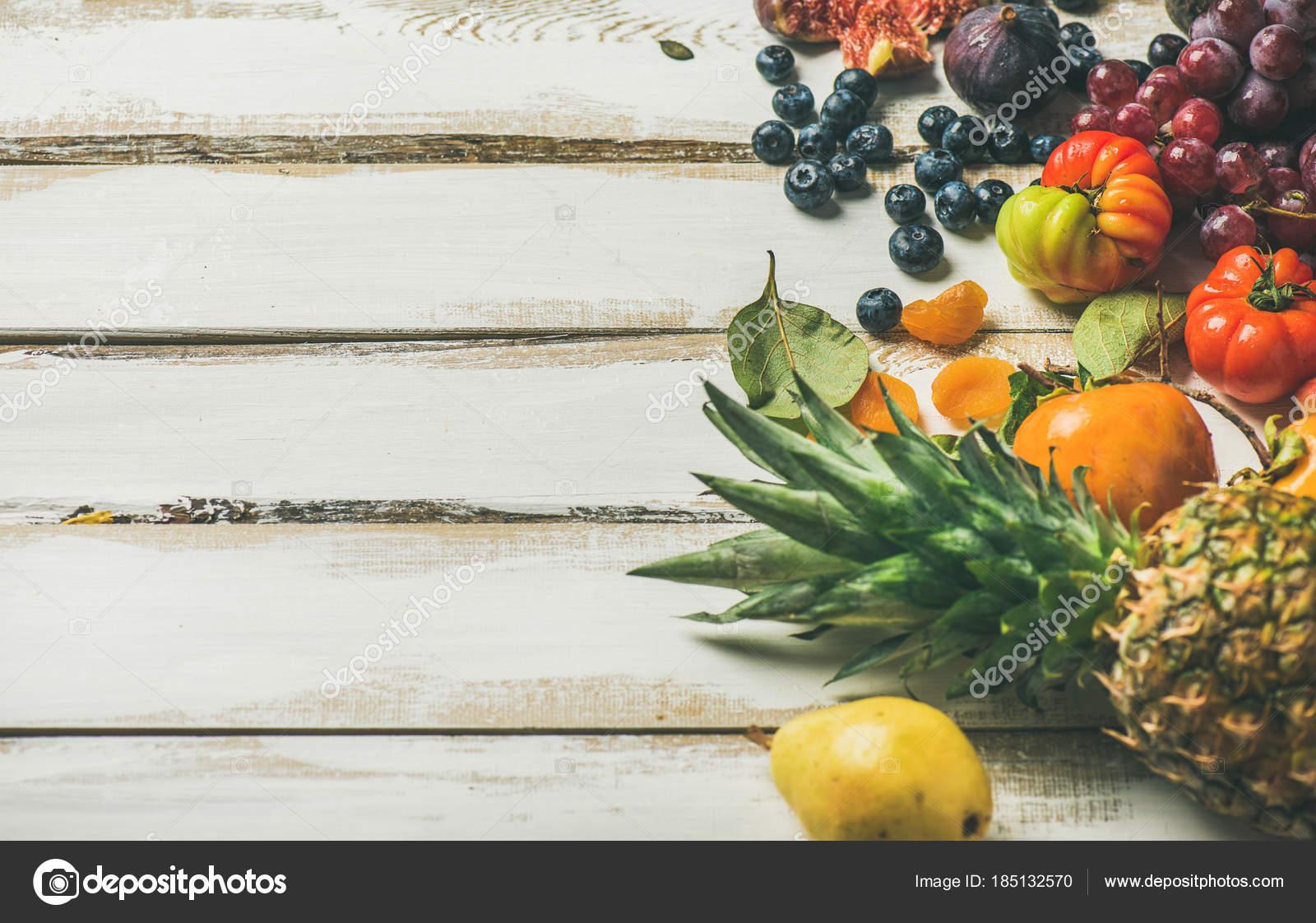 jahrem roh vegan essen kochen hintergrund frisches obst gem se gr ne stockfoto sonyakamoz. Black Bedroom Furniture Sets. Home Design Ideas