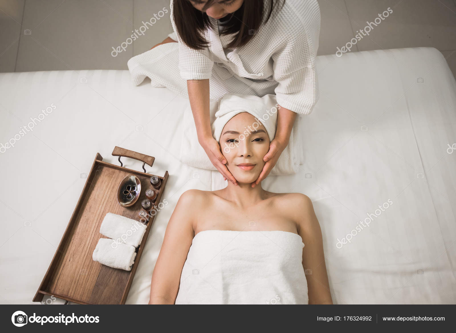 asia women massage therapy on bed — stock photo © woraphon.n@gmail