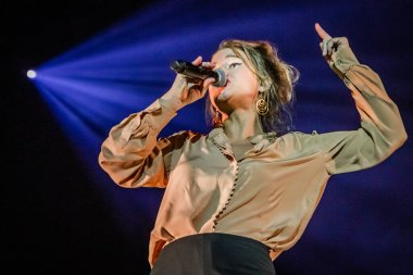 Selah Sue performance 2015 HMN