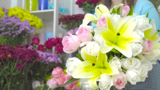 Květinářství výběr květin k uspořádání nádherné kytice