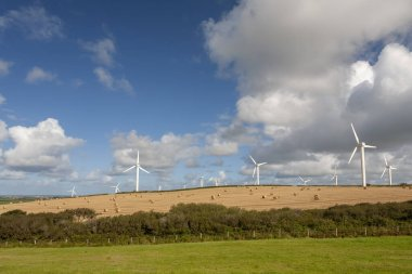 windfarms in fields in England