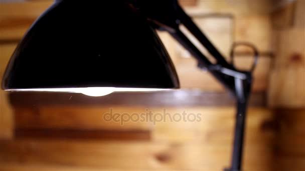 Lampa prach video