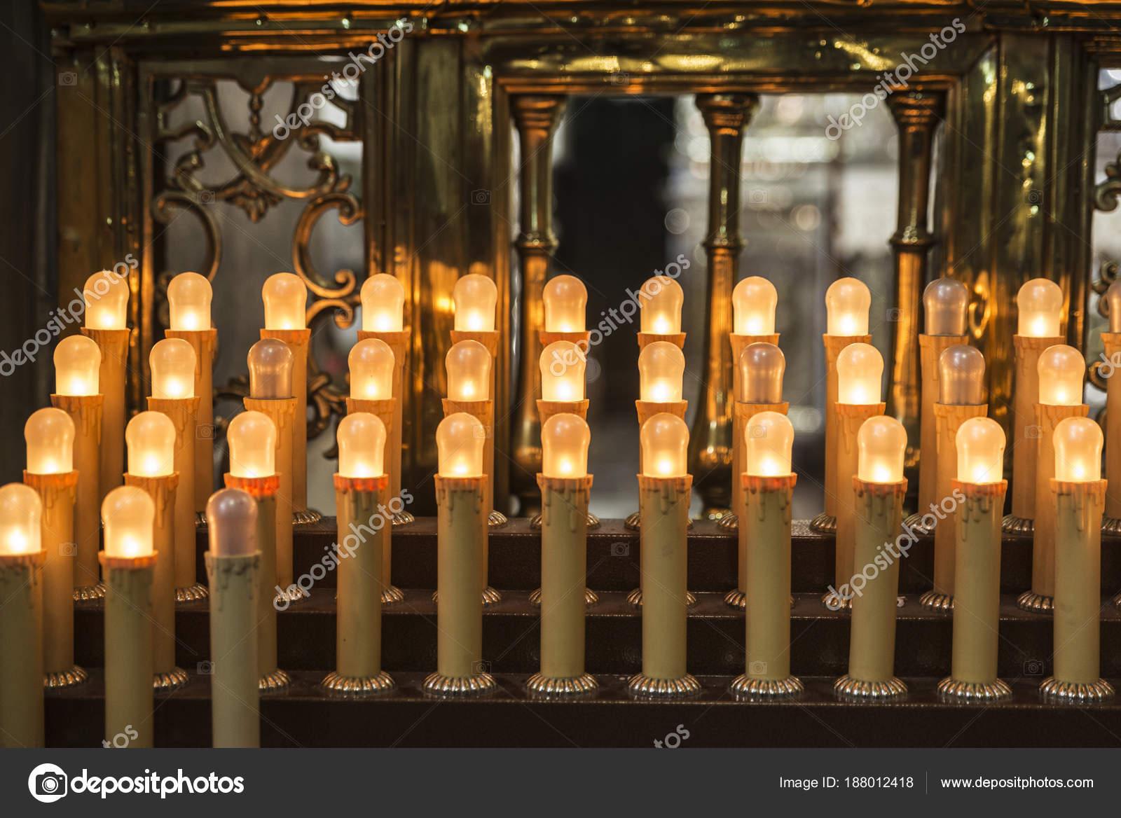 Le Candele Palermo.Candele In Una Chiesa Di Palermo Sicilia Italia Foto