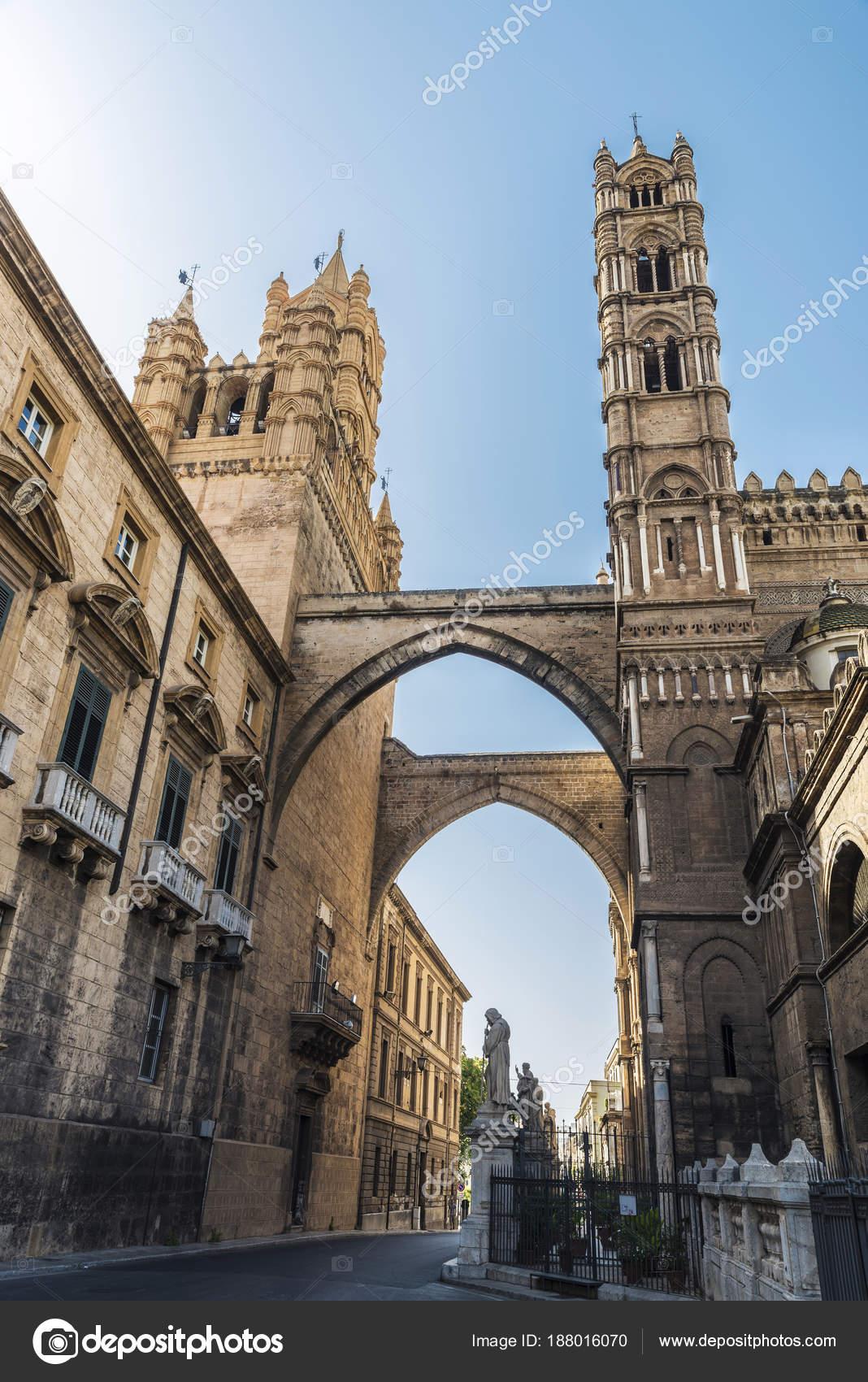 Cathédrale de Palerme à Palerme, Sicile, Italie ...