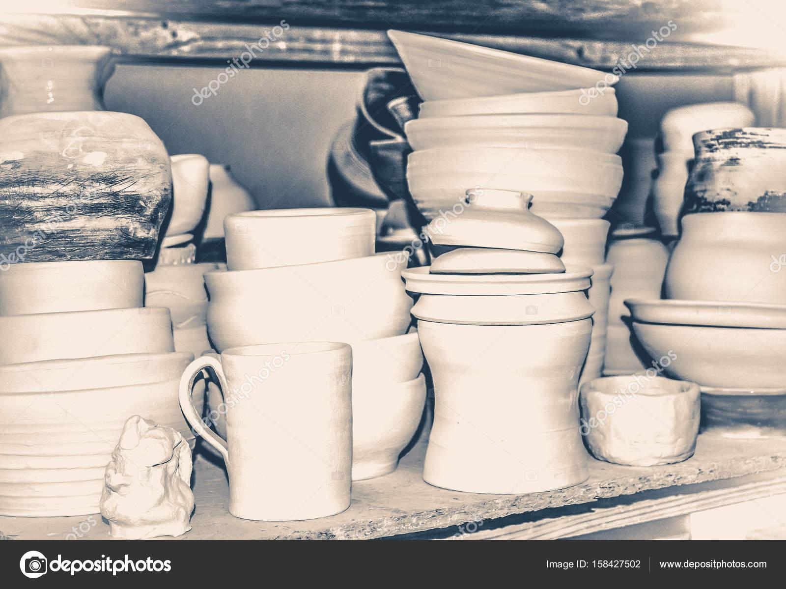 Vecchio stile vintage brillante ceramica u foto stock