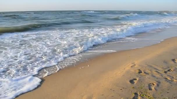 Wasser und Wellen Meer Landschaft Landschaft Land Szenenhintergrund