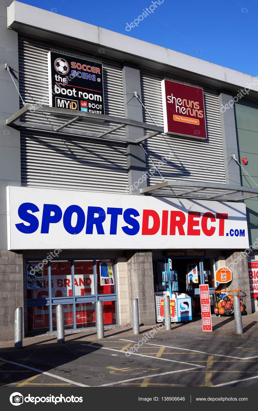 direct magasin de sport photo ditoriale lenschanger 138906646. Black Bedroom Furniture Sets. Home Design Ideas