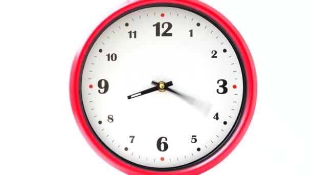 Natáčení hodin. Čas vypršel. Natáčení ciferníku hodin.