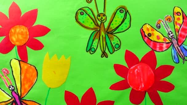 Virágok és pillangók rajza.