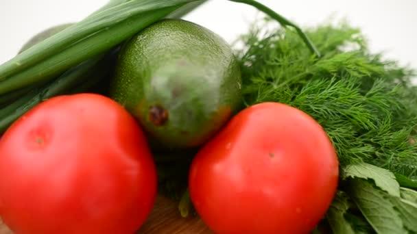 Csendélet zöldségekből és gyümölcsökből. Fényképezés a mozgalomban.