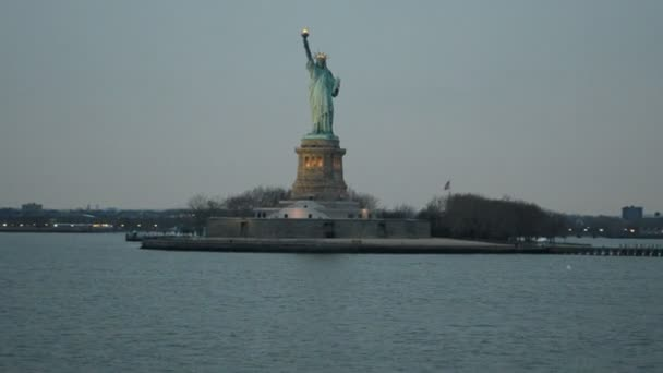 Statue of Liberty, New York. Hudson, way to the Statue of Liberty, New York