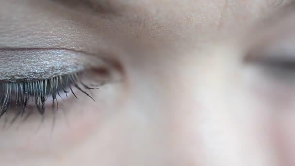 Technologie der Überlagerung von Make-up. Ausstattung eines Make-ups