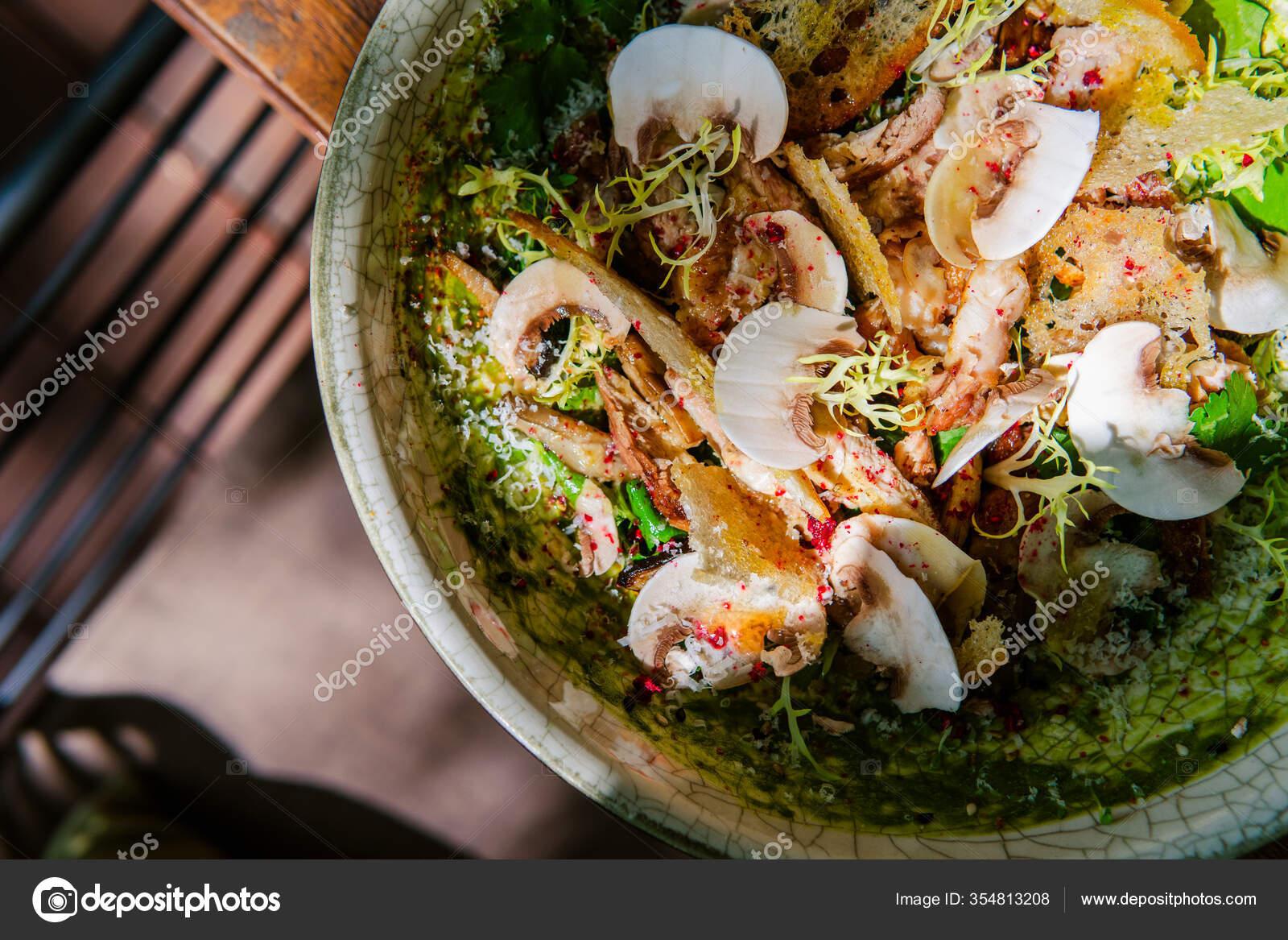 салат из свежих грибов с фото