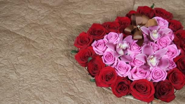 Červené růže květiny Kytice romantické romance lásky