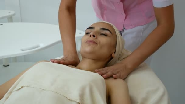 Women with her cosmetologist