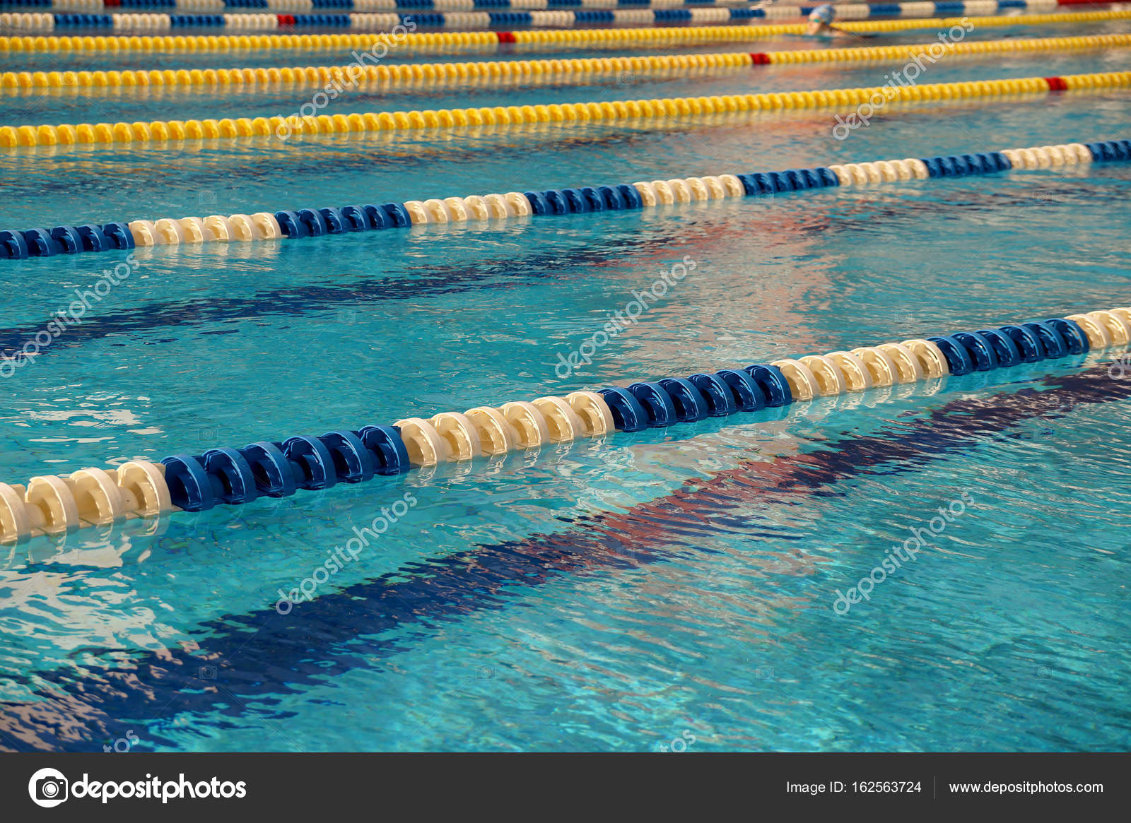 Dividers of paths in the big swimming pool — Stock Photo ...