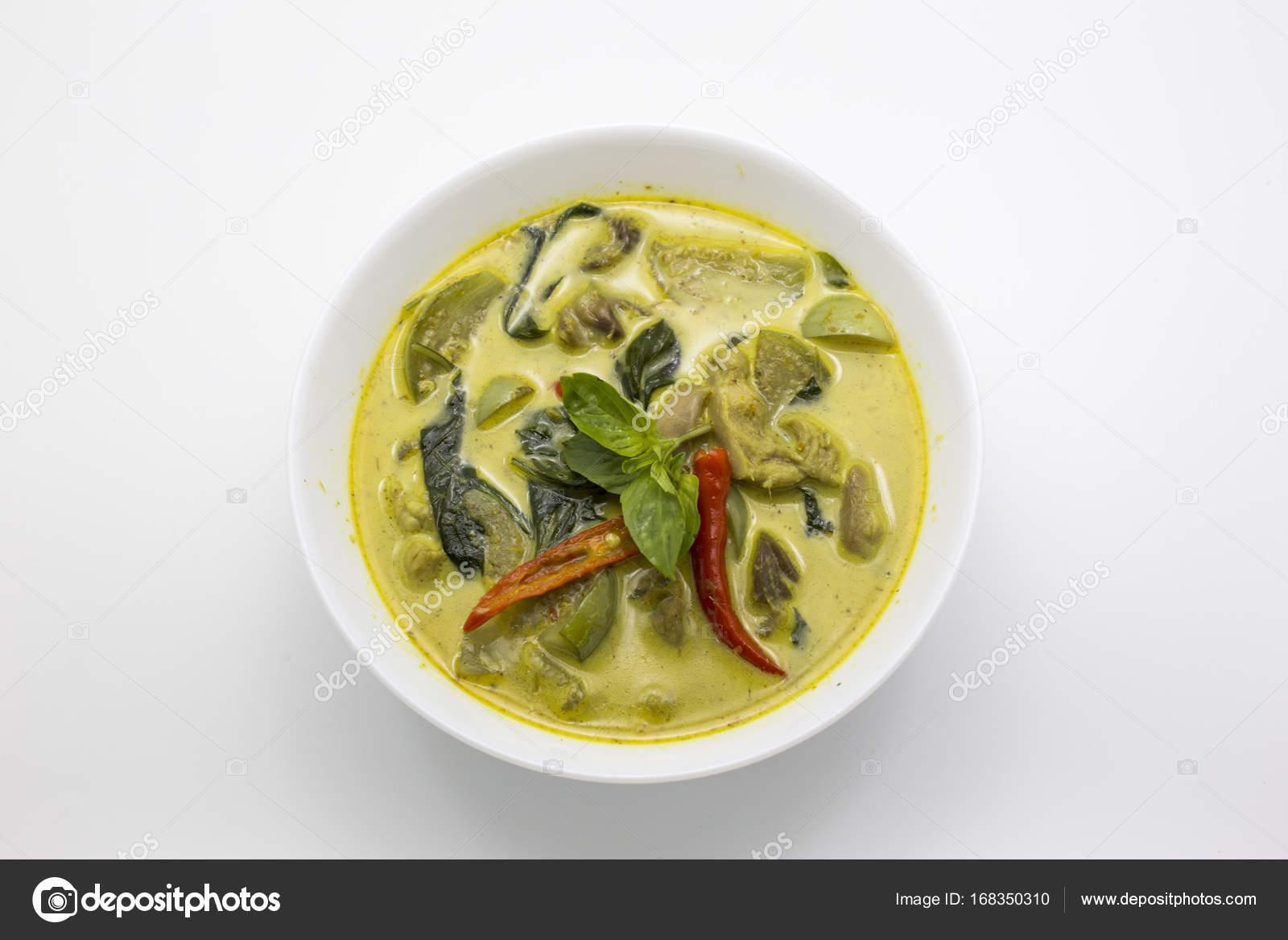 grüne Curry Huhn thai-Küche — Stockfoto © yanukit #168350310