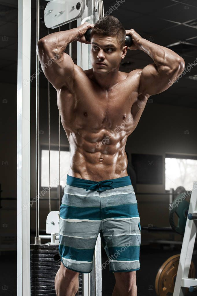 La corde (poignée de musculation) pour se muscler : quels