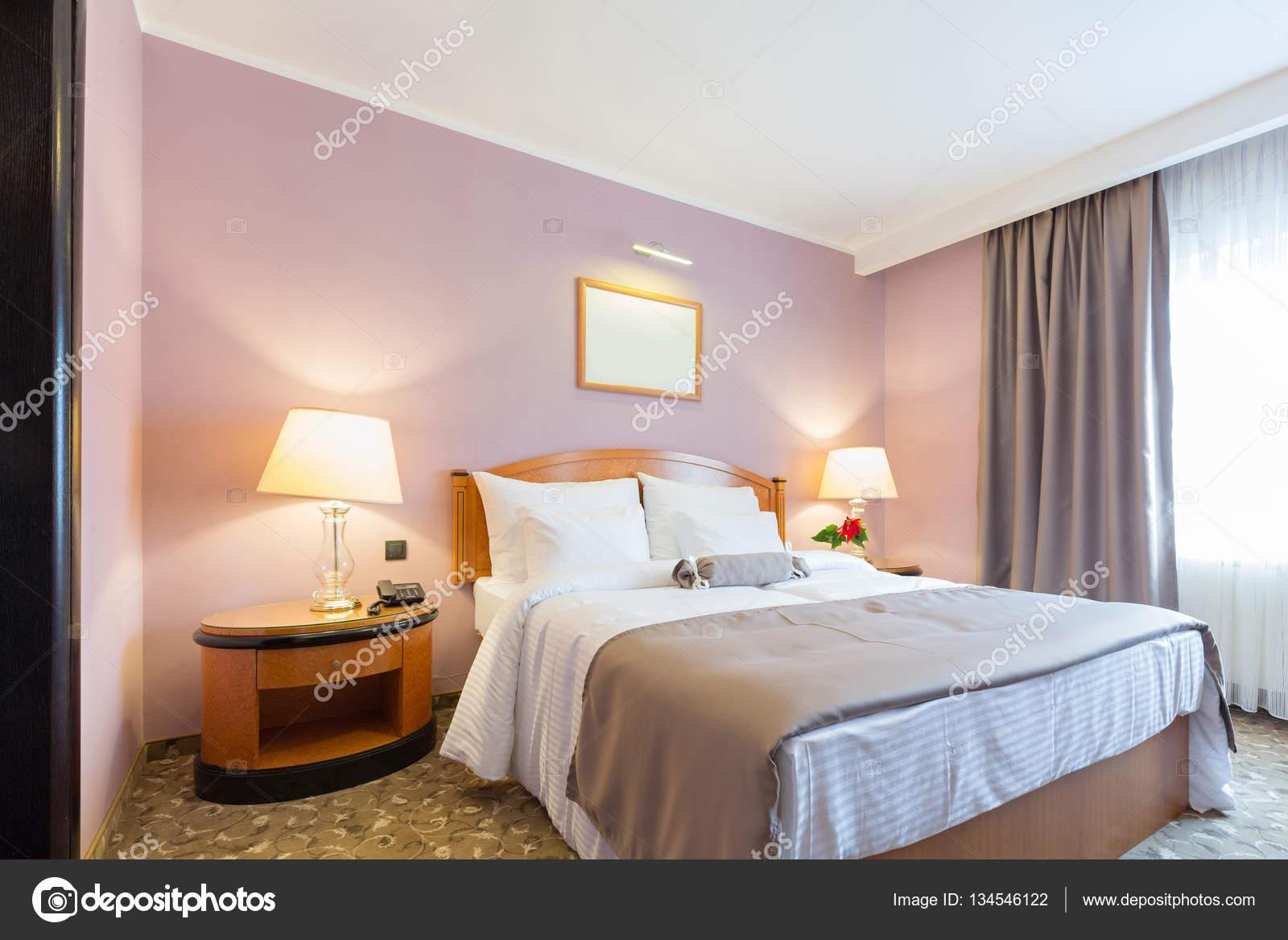 Interni di una nuova camera da letto hotel foto stock for Nuova camera da letto dell inghilterra