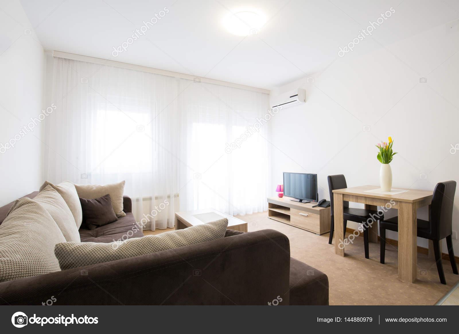Wohnzimmer Wohnung Innenarchitektur — Stockfoto © rilueda #144880979
