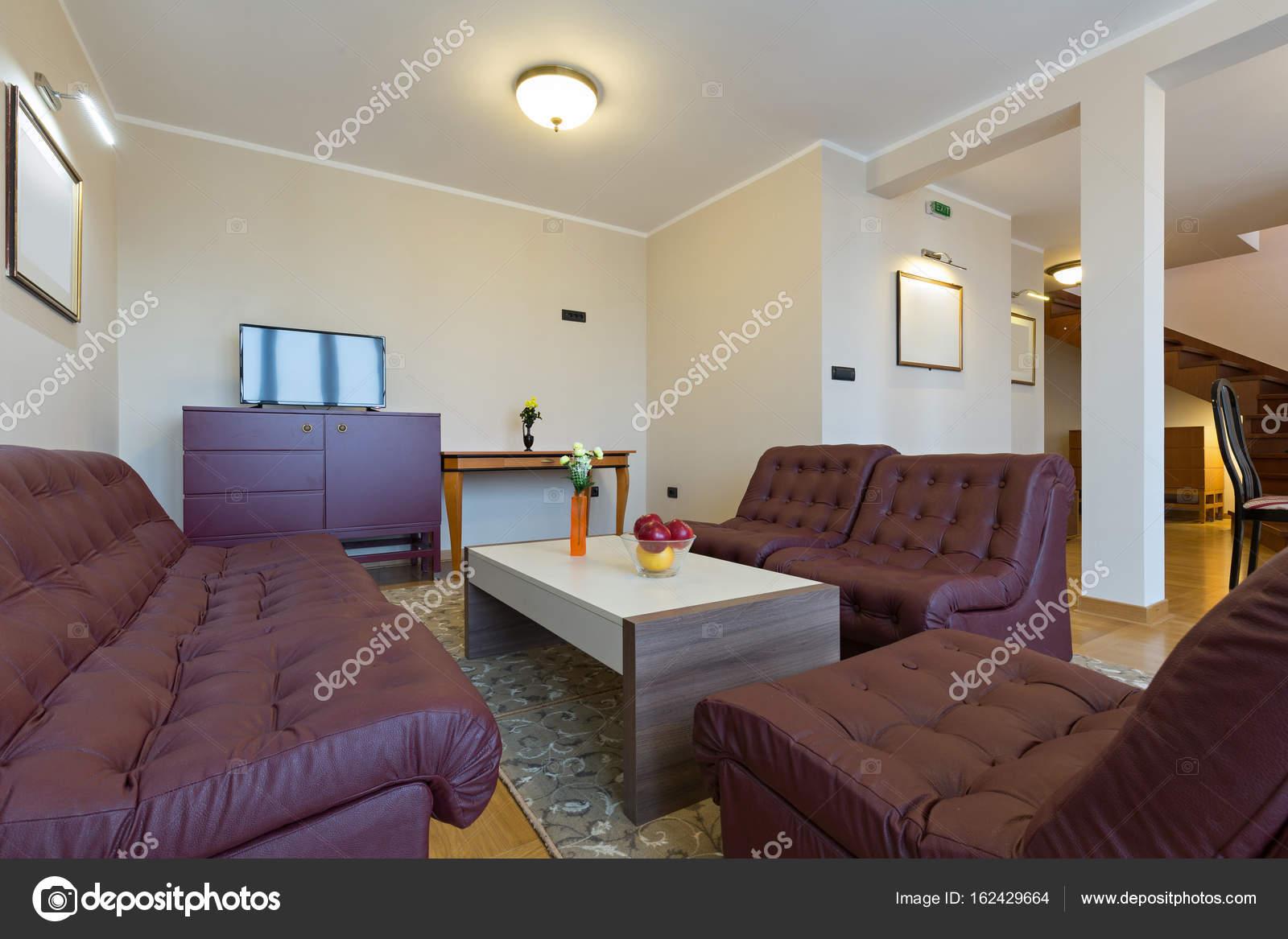 Soggiorno hotel interni — Foto Stock © rilueda #162429664