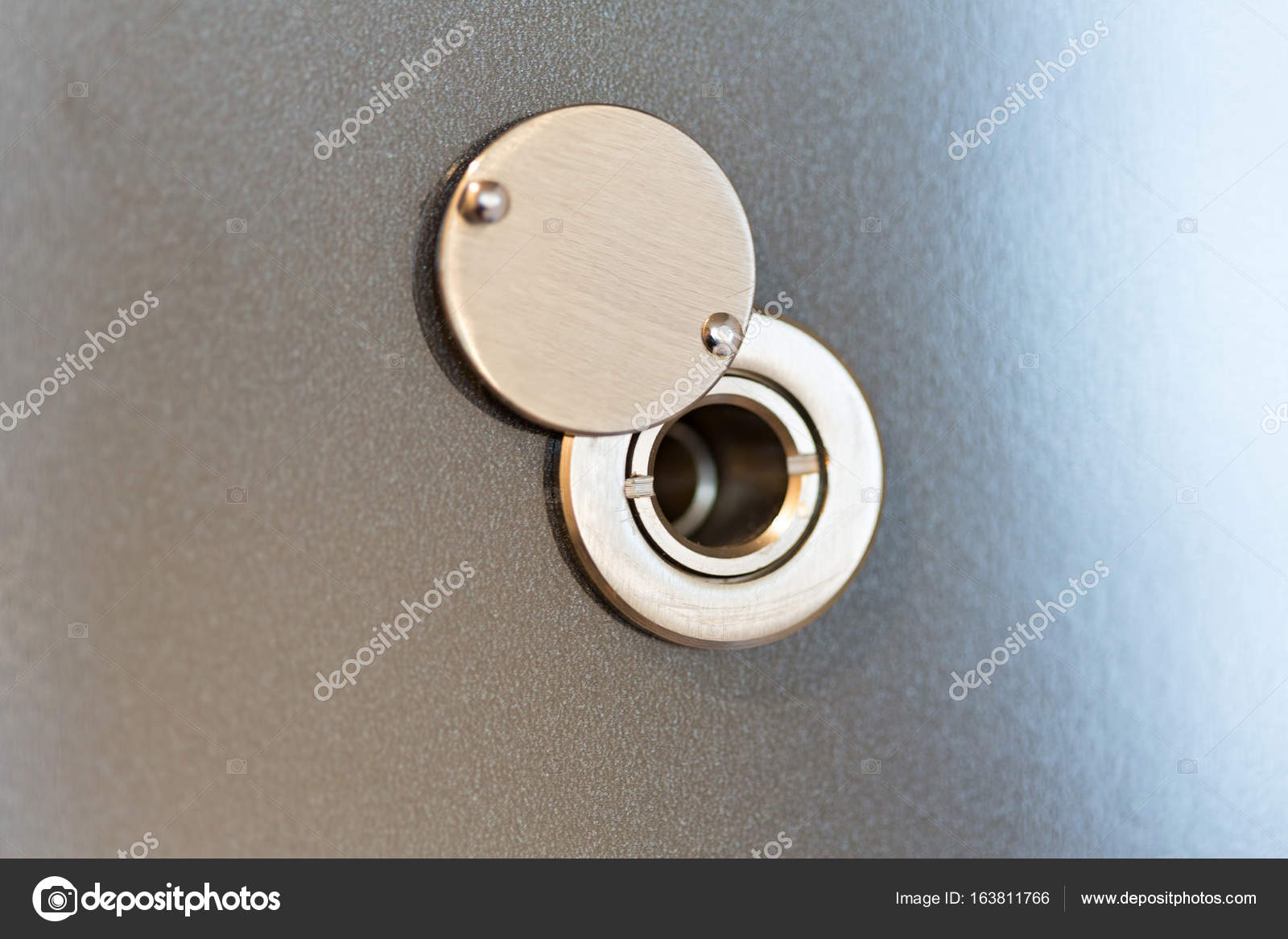 Peepholespy door hole \u2014 Stock Photo & Peepholespy door hole \u2014 Stock Photo © rilueda #163811766