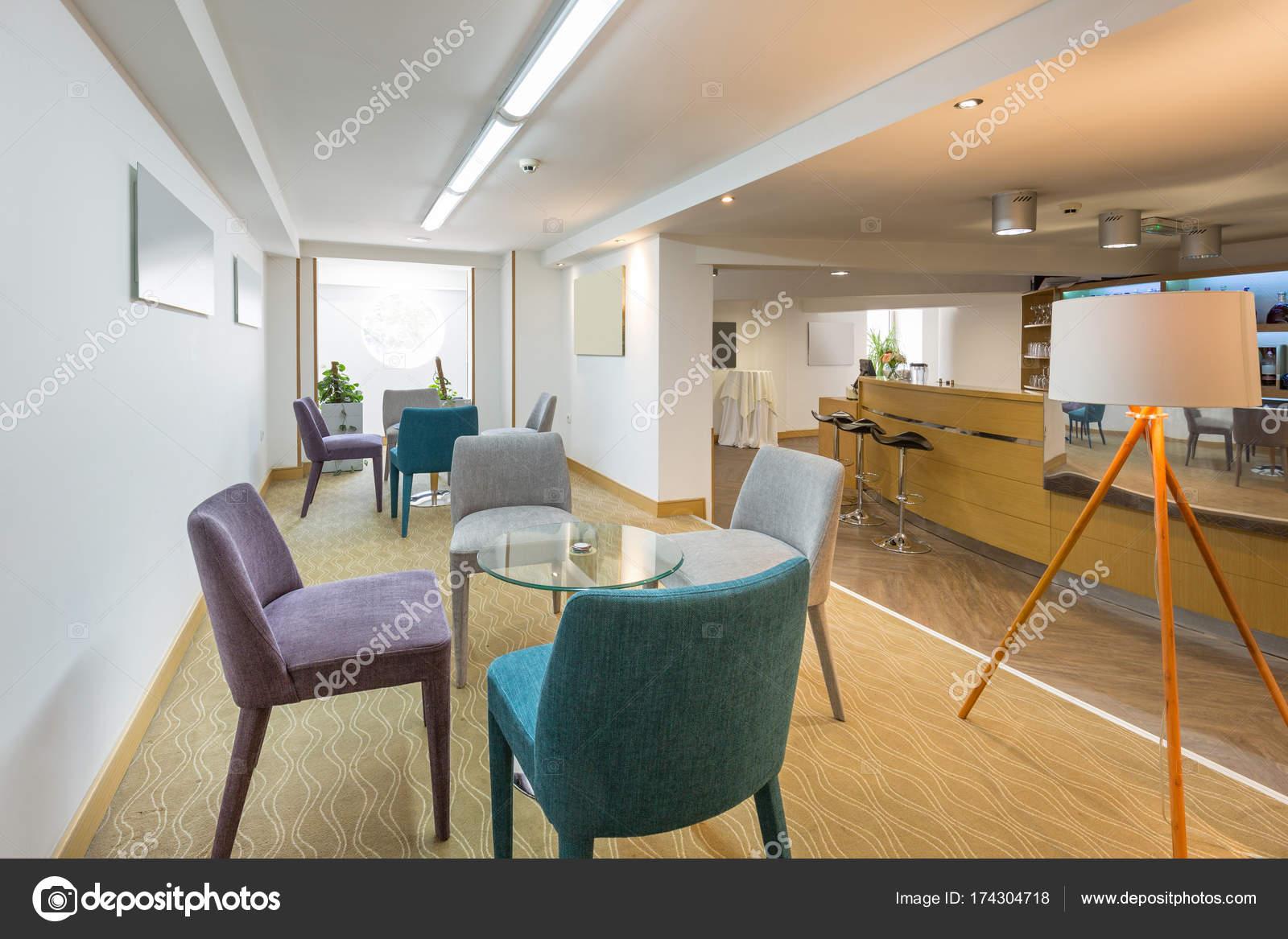 Hotel Lobby Café Interieur — Stockfoto © rilueda #174304718